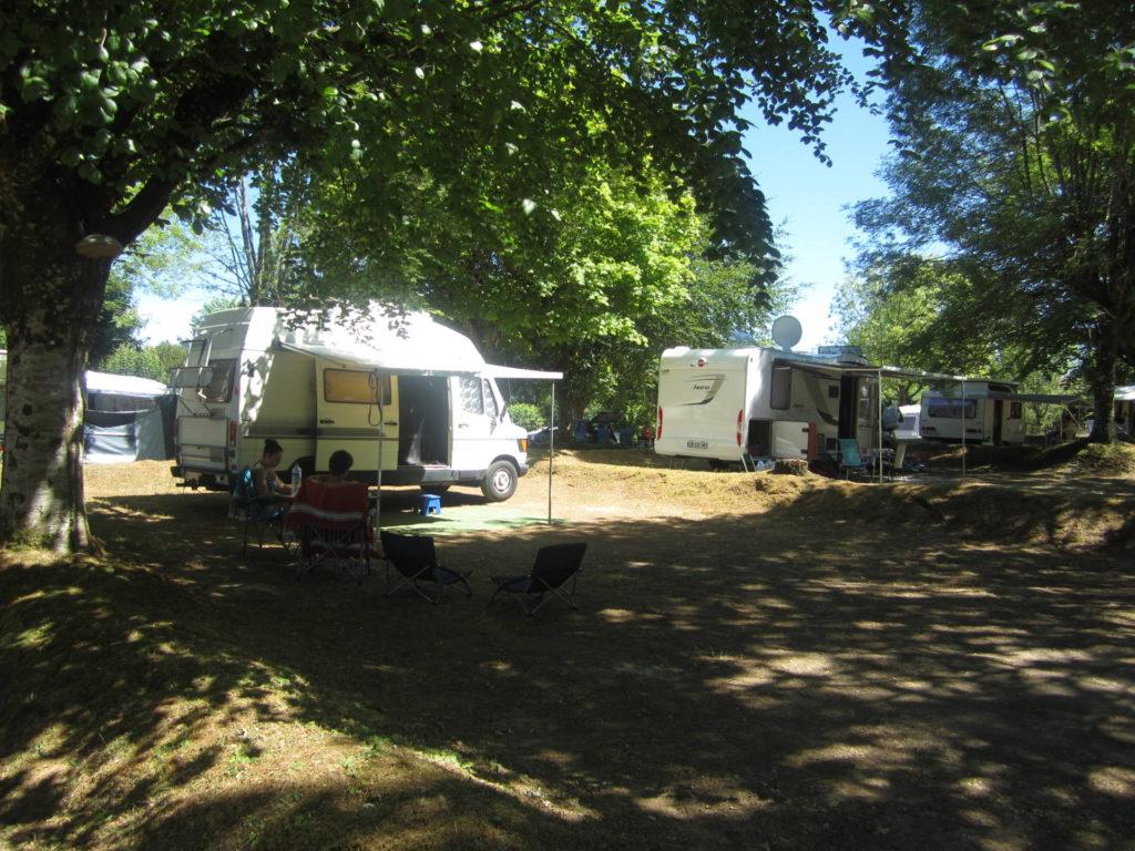 Long term renting | Le camping du Lac de Bournazel ****